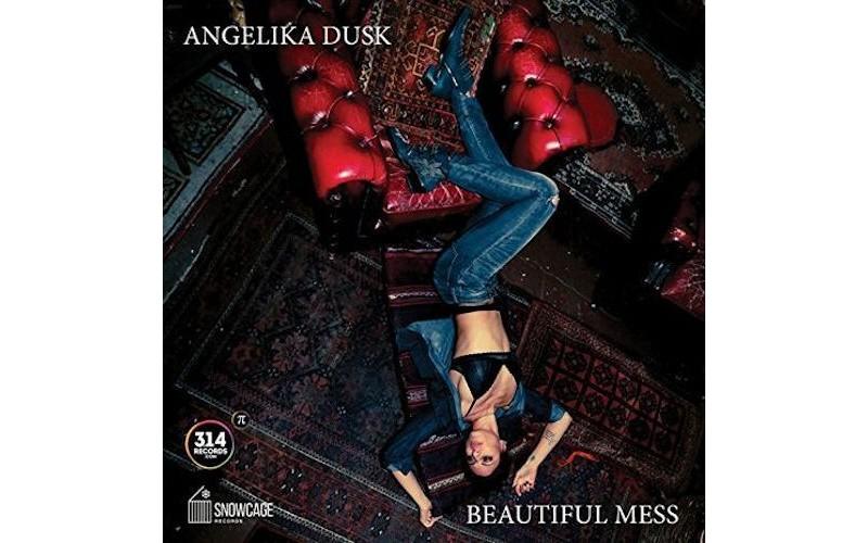 Angelika Dusk - Beautyful mess