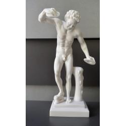 Ο Παν παίζει κύμβαλα ( Διακοσμητικό αλαβάστρινο άγαλμα 36cm)